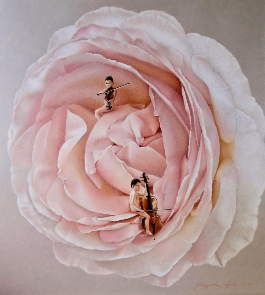DUETO PARA UMA ROSA Esta rosa encantou-me pela sua suavidade e feminilidade. Este dueto é como uma serenata em homenagem ao feminino universal. Uma forma de sortilégio agradecido.
